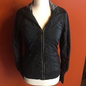 Lululemon *EUC* Ruffle Zip Up Jacket, Size 6